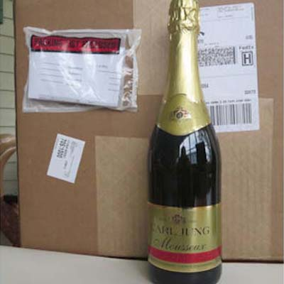 1 Case of 12 Sparkling White (Mousseaux)